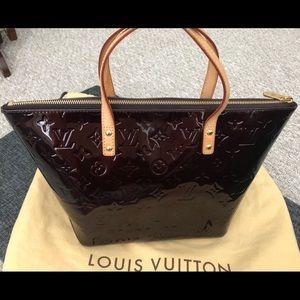 Louis Vuitton Monogram Vernis Bellevue Purse